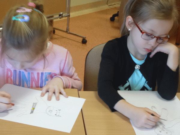 Grupa V na spotkaniu czytelniczym w Bibliotece Pedagogicznej